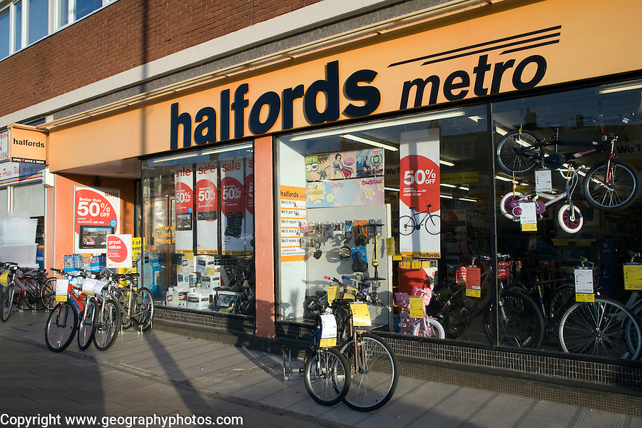 Halfords metro shop, Felixstowe