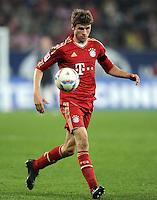 FUSSBALL   1. BUNDESLIGA  SAISON 2011/2012   12. Spieltag FC Augsburg - FC Bayern Muenchen         06.11.2011 Thomas Mueller (FC Bayern Muenchen)