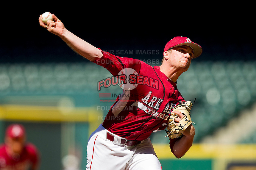 Relief pitcher Barrett Astin #17 of the Arkansas Razorbacks in action against the Texas Longhorns at Minute Maid Park on March 4, 2012 in Houston, Texas.  The Razorbacks defeated the Longhorns 7-3.  Brian Westerholt / Four Seam Images