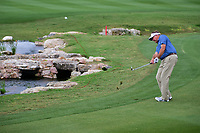 Ken Duke (USA) chips up close on 18 setting up a birdie putt  during round 2 of the Valero Texas Open, AT&amp;T Oaks Course, TPC San Antonio, San Antonio, Texas, USA. 4/21/2017.<br /> Picture: Golffile | Ken Murray<br /> <br /> <br /> All photo usage must carry mandatory copyright credit (&copy; Golffile | Ken Murray)