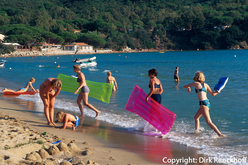 Italien, Elba, am Strand von Lacona