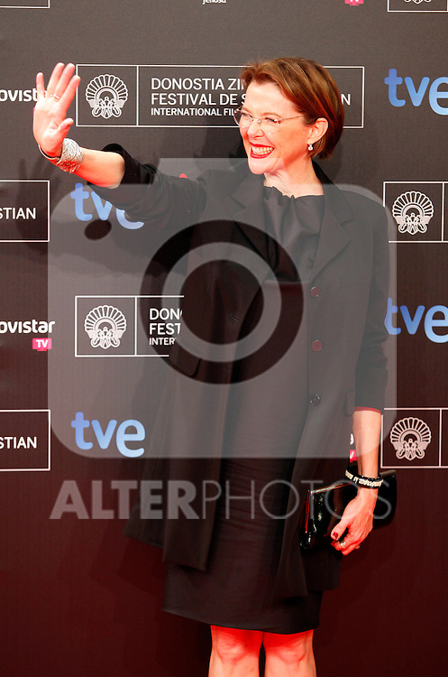 Annette Bening posses in the photocall of the 61 San Sebastian Film Festival, in San Sebastian, Spain. September 20, 2013. (ALTERPHOTOS/Victor Blanco)