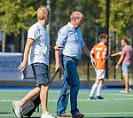 UTRECHT - coach Michel van den Heuvel (Bldaal) met manager Feiko Keilholz (Bldaal) voor   de hoofdklasse competitiewedstrijd mannen, Kampong-Bloemendaal (2-2) . COPYRIGHT   KOEN SUYK