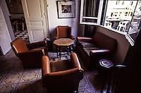 SIRIA Aleppo ,Hotel Baron, il bar