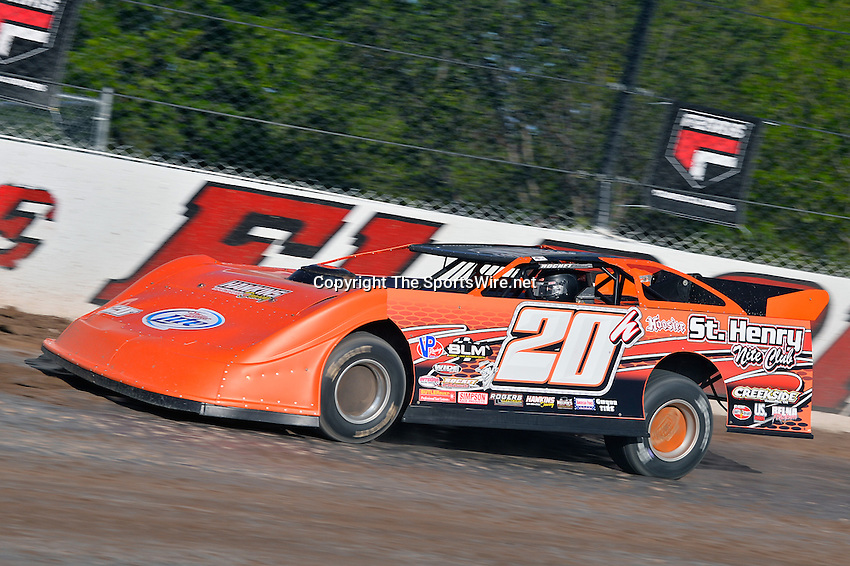 Jun 5, 2014; 6:13:03 PM; Rossburg, OH., USA; The 20th annual Dirt Late Model Dream XX in an expanded format for Eldora's $100,000-to-win race includes two nights of double features, 567 laps of action  Mandatory Credit:(thesportswire.net)