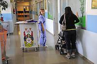 - Milan, S. Carlo Hospital, department of pediatrics....- Milano, ospedale S.Carlo, reparto di pediatria