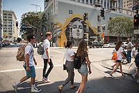 Incoming Occidental College students participate in Oxy Engage with the group LA Icons and walk around downtown Los Angeles on Aug. 24, 2016.<br />