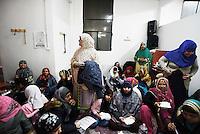 Roma, 10 Febbraio 2017<br /> Donne musulmane nella moschea di via dei Gladioli mangiano insieme per festeggiarne la riapertura.<br /> Muslims  in the mosque of Via dei Gladioli to celebrate the reopening