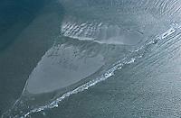 Deutschland, Niedersachsen, Ostfriesische Inseln, Nationalpark Niedersaechisches Wattenmeer, Nordsee, Wellen  Watt, Sand,