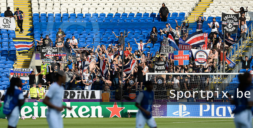 20170601 - CARDIFF , WALES : PSG's ultras fans pictured during a womensoccer match between the teams of  Olympique Lyonnais and PARIS SG, during the final of the Uefa Women Champions League 2016 - 2017 at the Cardiff City Stadium , Cardiff - Wales - United Kingdom , Thursday 1  June 2017 . PHOTO SPORTPIX.BE | DAVID CATRY