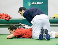 23-2-08, Netherlands, Rotterdam,  ABNAMROWTT 2008,    Llodra krijgt een blessurebehandeling