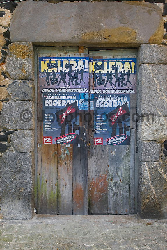 MUNDAKA, EUSKADI, in the  Basque country of northern Spain. The Billabong  Pro Mundaka 2008 with a waiting period from September 29 through to October 12 is the only ASP World Surfing Championship tour event in Spain. Photo: joliphotos.com