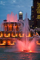 Chicago's Buckingham Fountain splashing red at twilight