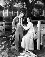 Yankee Doodle Dandy (1942) <br /> James Cagney &amp; Jeanne Cagney<br /> *Filmstill - Editorial Use Only*<br /> CAP/KFS<br /> Image supplied by Capital Pictures