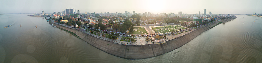 February 9, 2017 - Phnom Penh (Cambodia). Aerial panoramic view of the riverside of Phnom Penh and Royal Palace. © Thomas Cristofoletti / Ruom