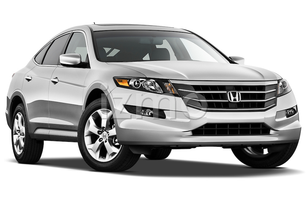 Low aggressive passenger side front three quarter view of a 2012 Honda Crosstour EXL .