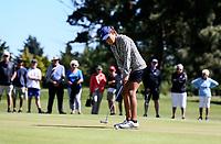 Silvia Brunotti putts to win the New Zealand Amateur Golf Championship final against Rose Zheng at Russley Golf Course, Christchurch, New Zealand. Sunday 5 November 2017. Photo: Simon Watts/www.bwmedia.co.nz