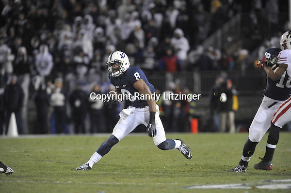 24 November 2012:  Penn State WR Allen Robinson (8) makes a cut after catching a pass. The Penn State Nittany Lions defeated the Wisconsin Badgers 24-21 in OT overtime at Beaver Stadium in State College, PA.