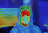 BOGOTÁ - COLOMBIA, 08-06-2020:El Centro Comercial Gran Estación instaló cuatro cámaras térmicas en cada una de sus entradas  para medir la temperatura corporal de sus clientes  y trabajadores y preservar la salud de todos , cumliendo con  los protocolos de bioseguriad para prevenir la propagación de la pandemia del Coronavirus ./The Gran Estación Shopping Center installed four thermal cameras at each of its entrances to measure the body temperature of its clients and workers and preserve the health of all, complying with biosecurity protocols to prevent the spread of the Coronavirus pandemic<br /> . Photo: VizzorImage / Felipe Caicedo / Staff