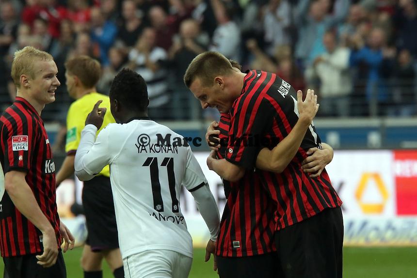 Alex Meier (Eintracht) freut sich ueber sein Tor zum 3:1