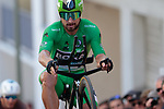 Green Jersey Peter Sagan (SVK) Bora-Hansgrohe pops a wheelie on the 17% climb during Stage 13 of the 2019 Tour de France an individual time trial running 27.2km from Pau to Pau, France. 19th July 2019.<br /> Picture: Colin Flockton | Cyclefile<br /> All photos usage must carry mandatory copyright credit (© Cyclefile | Colin Flockton)