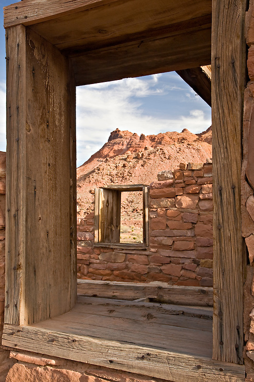 Glen Canyon National Recreation Area, AZ / APR.Remnants of the Lees Ferry Fort frame the surrounding Vermillion Cliffs