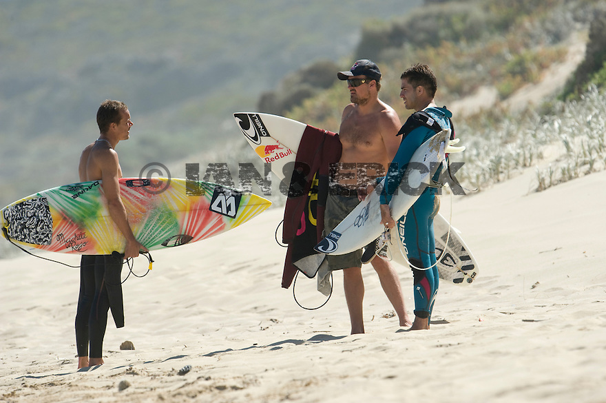 Brian Toth (USA), Sam Lamiroy (UK) and Hugo Savalli (FRA) at Lefties in Gracetown near Margaret River in Western Australia.