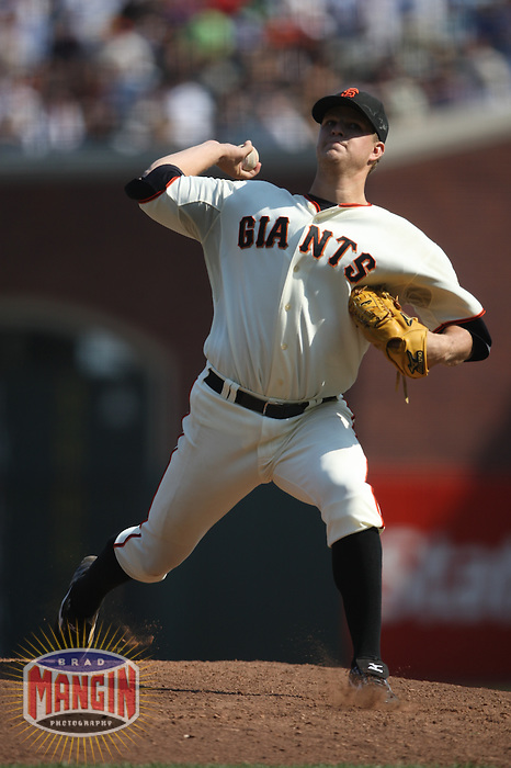 SAN FRANCISCO - SEPTEMBER 27:  Matt Cain #18 of the San Francisco Giants pitches against the Chicago Cubs during the game at AT&T Park on September 27, 2009 in San Francisco, California. Photo by Brad Mangin