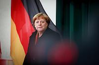 Bundeskanzlerin Angela Merkel (CDU) wartet am Mittwoch (18.01.17) in Berlin auf den italienischen Ministerpr&auml;sidenten.<br /> Foto: Axel Schmidt/CommonLens