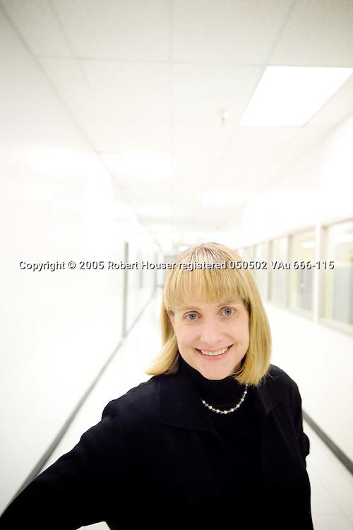 Leslie Kilgore - CMO - NetFlix: Executive portrait photographs by San Francisco - corporate and annual report - photographer Robert Houser.