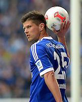 FUSSBALL   1. BUNDESLIGA   SAISON 2012/2013    31. SPIELTAG FC Schalke 04 - Hamburger SV          28.04.2013 Klaas Jan Huntelaar (FC Schalke 04)