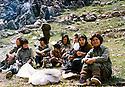 Iraq 1980 .On april 20th,in Toujala, Pakchan Hafid with women, 1st left, Agneta Sheikhmous   .Irak 1980 .Le 20 avril a Toujala, Pakchan Hafid avec un  groupe de femmes et a gauche Agneta Sheikhmous