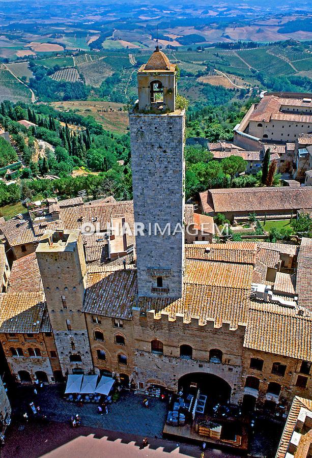 Cidade medieval San Giminigniano. Itália. 1993. Foto de Dudu Cavalcanti.
