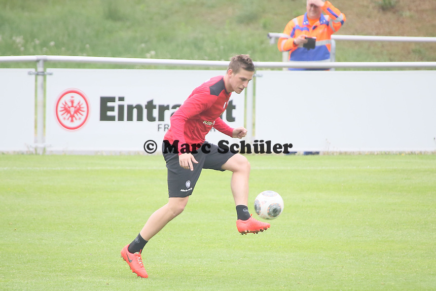 Bastian Oczipka (EIntracht) - Eintracht Frankfurt vs. Training, Commerzbank Arena
