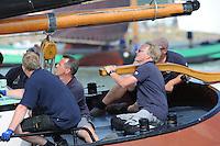 ZEILEN: FRYSLÂN: 2014, SKS skûtsjesilen, skûtsje Súdwesthoek, Stavoren, schipper Auke de Groot, ©Martin de Jong