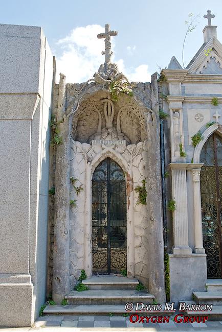 Burgueño Tomb, La Recoleta Cemetery