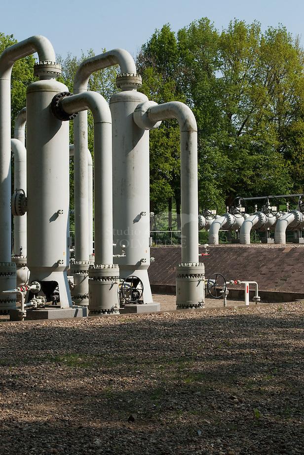 Gas export / pompstation aan de grens te Libeek, limburg