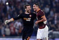 Calcio, Serie A: Roma vs ChievoVerona. Roma, stadio Olimpico, 31 ottobre 2013.<br /> AS Roma goalkeeper Morgan De Sanctis, left, and forward Marco Borriello celebrate at the end of the Italian Serie A football match between AS Roma and ChievoVerona at Rome's Olympic stadium, 31 October 2013. AS Roma won 1-0.<br /> UPDATE IMAGES PRESS/Isabella Bonotto