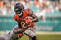 MIAMI, FL, 14.10.2018 – MIAMI DOLPHINS-CHICAGO BEARS – Jogador arik Cohen do Chicago Bears, durante partida válida pela semana 6 da temporada regular da NFL, no Hard Rock Stadium, na tarde deste sábado (14). (Foto: Jayson Braga / Brazil Photo Press)