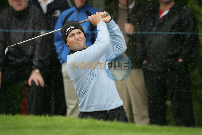 Early leader Niclas Fasth chips in from the bunker on the 9th hole during the first round of the Smurfit Kappa European Open at The K Club, Strffan,Co.Kildare, Ireland 5th July 2007 (Photo by Eoin Clarke/NEWSFILE)