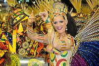 RIO DE JANEIRO, RJ, 19 DE FEVEREIRO 2012 - CARNAVAL 2012 - DESFILE IMPERATRIZ LEOPOLDINENSE - Luiza Brunet, Rainha de Bateria Escola de Samba Imperatriz Leopoldinense, no primeiro dia de desfiles das Escolas de Samba do Grupo Especial do Rio de Janeiro, no sambódromo da Marques de Sapucaí, no centro da cidade, neste domingo.  (FOTO: GLAICON EMRICH - BRAZIL PHOTO PRESS)