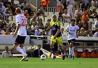 Valencia, Spain. Thursday 19 September 2013<br /> Pictured: Jonjo Shelvey of Swansea (C)<br /> Re: UEFA Europa League game against Valencia C.F v Swansea City FC, at the Estadio Mestalla, Spain,