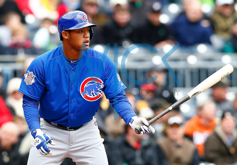 PITTSBURGH, PA - APRIL 23:  Addison Russell #22 of the Chicago Cubs in action against the Pittsburgh Pirates during the game at PNC Park on April 23, 2015 in Pittsburgh, Pennsylvania.  (Photo by Jared Wickerham/Getty Images)