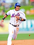 2 March 2010: New York Mets' Luis Hernandez hustles to third against the Atlanta Braves during the Opening Day of Grapefruit League play at Tradition Field in Port St. Lucie, Florida. The Mets defeated the Braves 4-2 in Spring Training action. Mandatory Credit: Ed Wolfstein Photo