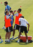 Players refreshing during Real Madrid´s first training session of 2013-14 seson. July 15, 2013. (ALTERPHOTOS/Victor Blanco) ©NortePhoto