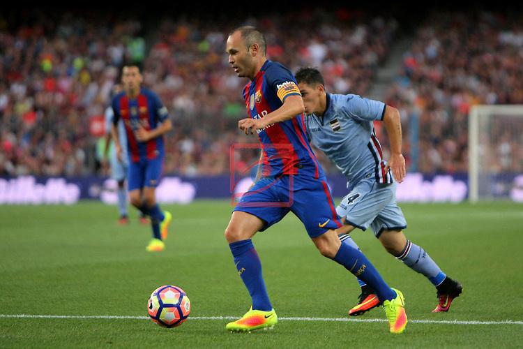 League Santander 2016/2017.<br /> 51e Trofeu Joan Gamper.<br /> FC Barcelona vs UC Sampdoria: 3-2.<br /> Andres Iniesta vs Torreira Di Pascua.