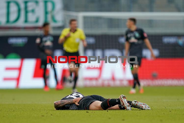 Verletzung / verletzt / Schmerzen, Joshua Sargent (Werder Bremen #19)<br /> <br /> <br /> Sport: nphgm001: Fussball: 1. Bundesliga: Saison 19/20: Relegation 02; 1.FC Heidenheim vs SV Werder Bremen - 06.07.2020<br /> <br /> Foto: gumzmedia/nordphoto/POOL <br /> <br /> DFL regulations prohibit any use of photographs as image sequences and/or quasi-video.<br /> EDITORIAL USE ONLY<br /> National and international News-Agencies OUT.