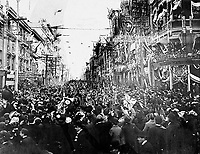 (Toronto, ON, Canada). - June 5, 1901 - Boer War, C Company return, King Street east from Yonge Street.