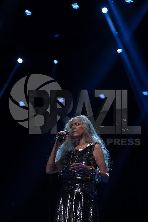 SÃO PAULO, SP, 30.06.2017 - SHOW-SP -A cantora Maria Bethânia durante apresentação da sua turnê sucessos no Citibank Hall, na zona sul de São Paulo, nesta sexta-feira, 30. (Foto: Ciça Neder/Brazil Photo Press)