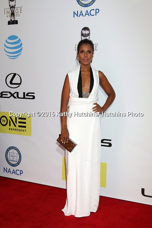 LOS ANGELES - FEB 5:  Kerry Washington at the 47TH NAACP Image Awards Arrivals at the Pasadena Civic Auditorium on February 5, 2016 in Pasadena, CA